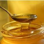 slijmophoesten verhelpen met honing